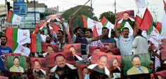 Supporters of Altaf Hussain, leader of Muttahida Qaumi Movement, call for his release