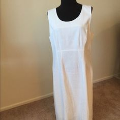 Sleeveless Summer Dress Shell 55% Linen & 45% Rayon. Lining is 100% Polyester. This dress is a nice cream color, can be worn with various dressy sandals. Chadwicks Dresses