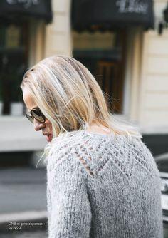 Billedresultat for Tirilgenseren Sweater Knitting Patterns, Lace Knitting, Knitting Designs, Crochet Patron, Knit Crochet, Online Yarn Store, Norwegian Knitting, How To Purl Knit, Yarn Shop