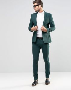 Buy ASOS Super Skinny Fit Suit In Green at ASOS. Get the latest trends with ASOS now. Latest Mens Fashion, Mens Fashion Suits, Mens Suits, Boy Fashion, Fashion Online, Green Suit Men, Green Suit Jacket, Terno Slim, Skinny Fit Suits