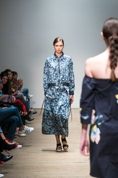 Mercedes-Benz Fashion WeekKaltex interpretado por Trista - Mercedes-Benz Fashion Week