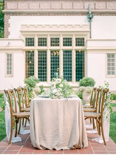 La Tavola Fine Linen Rental: Tuscany Natural | Photography & Design: Kerry Jeanne Photography, Florals: Gather Design Company, Venue: Lairmont Manor, Rentals: Fanciful Rentals and Pedersen's Event Rentals, Paper Goods: Shasta Bell Calligraphy