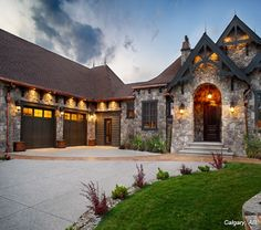 Cultured Stone Bucks County Dressed Fieldstone covered house exterior and entrance archway project view