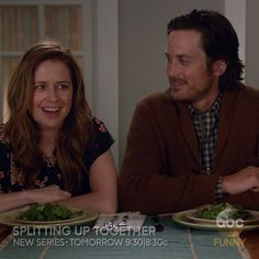 They're separated...but still live together. It's complicated. But it'll all work out! Watch the premiere of Splitting Up Together tomorrow at 9:30|8:30c on ABC!