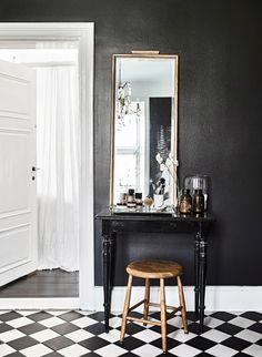doldskatt_badrum_toalettbord | ELLE Decoration