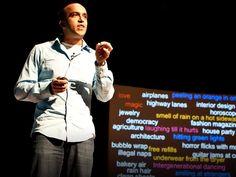 無料のおかわりから清潔なシーツまで、人生のささやかな喜びをかみ締めるニール・パスリチャのブログ「1000 Awsome Things(1000の最高なこと)」。TEDxTrontoにおける誠実な講演で、パスリチャは本当に最高な人生を送るための3つの秘訣を紹介する。