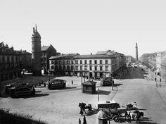 Ernst-Ludwigs-Platz, 1897: Die elektrische Straßenbahn fährt vom Böllenfalltor zu den Bahnhöfen, die Gleise des Feurigen Elias wurden auf di...