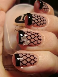 fishnet nails my next manicure. Sexy Nails, Fancy Nails, Pretty Nails, Nice Nails, Classy Nails, Nail Lacquer, Nail Polish, Fishnet Nails, Nail Deco