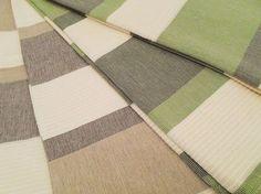 Manta Vênus para cama ou sofá produzido em fio penteado de algodão, nas cores verde e marrom. Confira em nossa loja virtual > www.sacariasantoandre.com.br