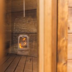 Pûntsauna » Welvaere Light Bulb, Quality Time, Outdoors, Home Decor, Bulb Lights, Homemade Home Decor, Outdoor Spaces, Bulb, The Great Outdoors