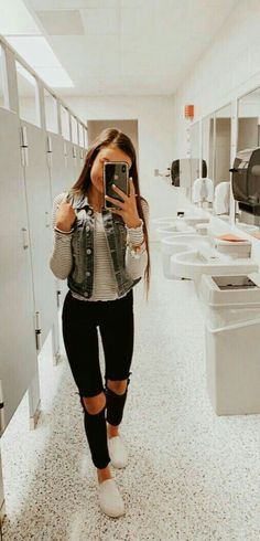 39 Popular Fall Outfit Ideas to Copy Asap . - 39 Popular Fall Outfit Ideas to Copy Asap Diy Outfits, Casual School Outfits, Cute Comfy Outfits, Teen Fashion Outfits, College Outfits, Simple Outfits, Outfits For Teens, Trendy Outfits, Fall Outfits