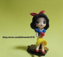 Polymer clay Snow White