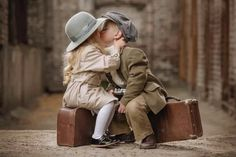 ***Children of our World*** Cute Kids Pics, Cute Baby Pictures, Cute Baby Couple, Cute Babies, Precious Children, Beautiful Children, Baby Kind, Baby Love, Photo Zen