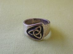 Vintage Celtic Triquetra Sterling Silver by EternalElementsEtsy