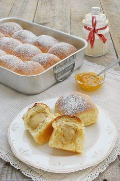 Delicious Desserts, Dessert Recipes, Yummy Food, Sicilian Recipes, Sicilian Food, Biscotti, Artisan Bread, Dinner Rolls, Sweet Cakes