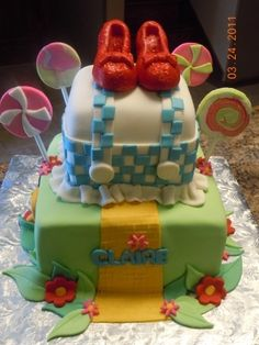 Wizard of Oz By Sweetie1004 on CakeCentral.com--LOVE! by corine