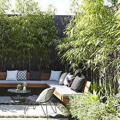 in this beautiful post completed with dozens of nice images you would difficult to match, this is 10 small courtyard garden ideas you could copy for your small garden or backyard space