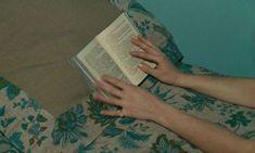 Agnes Varda, Film Le, French New Wave, Film Inspiration, Film Aesthetic, Film Stills, Film Photography, Short Film, Be Still