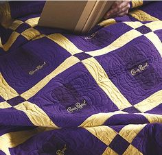 Produced for Leisure Arts by The Creative Partners, Upcycle Quilts offers a collection of easy designs to make using repurposed materials. Ten projects by Linda Causee feature patchwork quilts and wall hangings using men's plaid shirts, baby clothes, mark Crown Royal Bottle, Crown Royal Bags, Crown Royal Quilt, Make A Crown, Diy Projects For Men, Sewing Projects, Herringbone Quilt, Man Quilt, Vintage Handkerchiefs