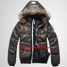 172759da4bd Moncler Outlet UK Reynold Mens Detachable Cap Army Green Jacket Winter Coats