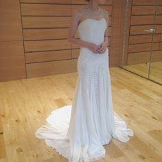 ドレス試着⑧17YSPA51525 lucie テンパリーロンドンと気づかず、かわいい♡と手にしたものがほとんどテンパリーロンドンのものでした♡笑。ドレスは絶対エマリーエのものしか着たくない。と昔から思ってたのに、色々覆されてます。視野を広げることは大切ですね(^^) 刺繍が本当に綺麗でした。 #ノバレーゼ#novarese #テンパリーロンドン#ちーむ0520 #プレ花嫁 #ドレス試着 #試着レポ