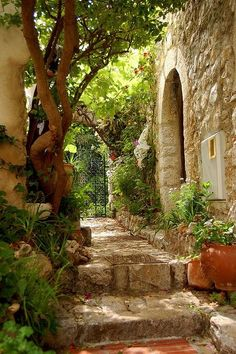 ~~Eze Village ~ Cote d'Azur, France by synnwang~~ cidade de Jean Paul Places To Travel, Places To See, Beautiful World, Beautiful Places, Beautiful Scenery, Vila Medieval, Provence France, Eze France, South Of France
