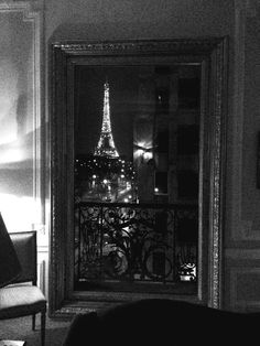 à paris - The City of Light✨ Black And White Photo Wall, Black And White Photography, Black White, Night Street, Black And White Aesthetic, Aesthetic Black, Night Aesthetic, Aesthetic Grunge, To Infinity And Beyond