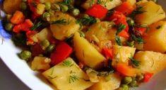Adina's kitchen & travel added a new photo. Healthy Diet Recipes, Vegetarian Recipes, Romanian Food, Romanian Desserts, Romanian Recipes, Gordon Ramsay, Vegan Dishes, Raw Vegan, Vegetable Recipes