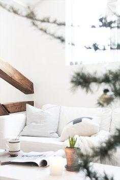 Fresh + White Living Space