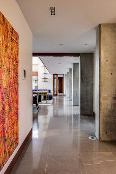 Gioi's artwork in a hallway installation in a Los Gatos residence. Contemporary Design, Modern Design, Limestone Flooring, Best Interior Design, Interior Decorating, Home Decor Trends, Decor Ideas, Modern Room, Design Firms