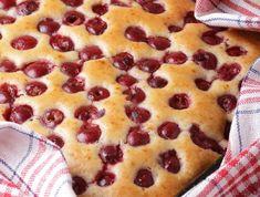 Cherry Cake Recipe, Hungarian Desserts, Blueberry Cake, Winter Food, Coffee Cake, Cake Recipes, Food And Drink, Favorite Recipes, Snacks