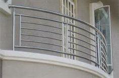 Balcony Grill Design, Balcony Railing Design, Window Grill Design, Terrace Design, Stair Railing, Steel Railing Design, Modern Railing, Balcon Juliette, Front Door Design Wood
