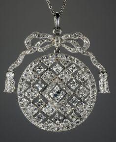 Cartier Paris Garland Diamond Pendant by Clive Kandel, via Flickr