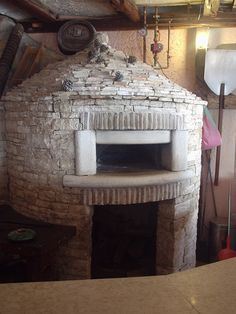 Bread Oven, Four A Pizza, Kitchen Oven, Wood Fired Oven, Homesteading, Pizza Ovens, Backyard, Stone, Designs