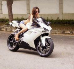 Looking for old biker friends, seeking sexy biker female for Dating or relationship. www.SingleBikerDating.Com will be your best choice. This is a social network that connects you with quality biker riders and backseats around you and around the world! I hope you will like it.