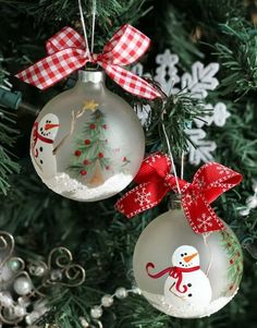amazing ideas for hand painted ornaments - Snowman Christmas Decorations