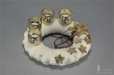 sternförmiger Adventskranz in Creme / Gold