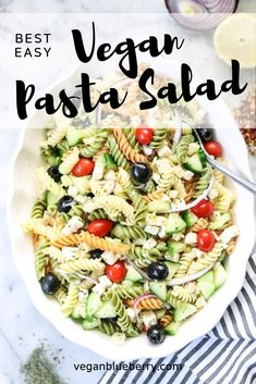 This fabulous, naturally vegan pasta salad is light and refreshing with a quick and easy tangy lemon-olive oil dressing! Chock full of healthy veggies and protein rich tofu cubes, it's an all-around favorite for picnics, lunches, and potlucks! Pasta Salad For Kids, Healthy Pasta Salad, Tofu Salad, Easy Pasta Salad, Pasta Salad Italian, Vegan Pasta, Best Vegan Recipes, Vegetarian Recipes, Healthy Recipes