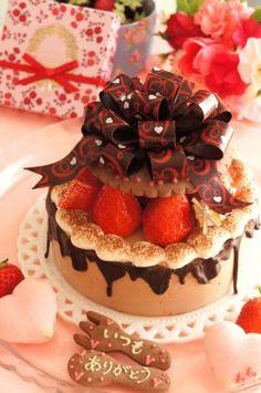 【バレンタイン】ハートが詰まったムースケーキ