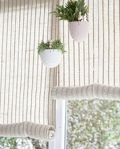 Home Decorating Magazines Usa Product Rustic Sunroom, Decorative Screen Panels, Interior Paint Colors For Living Room, Drapes And Blinds, Hygge Home, Awesome Bedrooms, Hanging Plants, Decoration, Decorating Your Home
