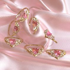 Cute Jewelry, Gold Jewelry, Jewelry Accessories, Rings For Girls, Sell Gold, Lucky Charm, Lockets, Sparklers, Pink Fashion