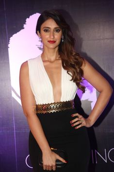 Glamorous Actress Ileana Hot In White Dress - Actress Doodles Bollywood Heroine Photo, Bollywood Actress Hot Photos, Indian Bollywood Actress, Beautiful Bollywood Actress, Most Beautiful Indian Actress, Bollywood Fashion, Beautiful Actresses, Beautiful Ladies, South Indian Actress Photo