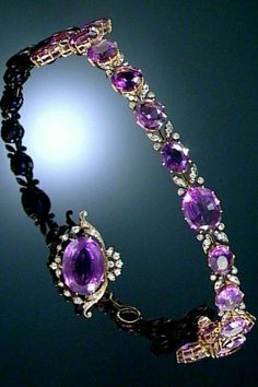 AMETHYST AND DIAMOND DEMI-PARURE, Comprising: a flexible bandeau composed of a series of graduated oval amethysts interspersed with circular- and rose-cut diamond leaves, together with a brooch/pendant of similar design, bandeau length. Purple Jewelry, Amethyst Jewelry, Royal Jewelry, Jewelry Sets, Turquoise Rings, Gemstone Earrings, Indian Jewelry, Antique Jewelry, Vintage Jewelry