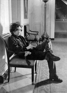 """Tim Burton """"A loucura de uma pessoa, é a realidade de outra."""""""