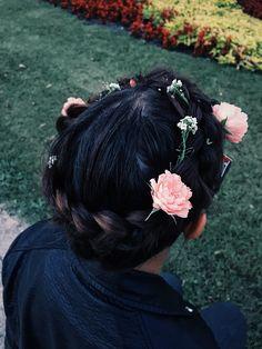 Braid , braidbasket , flowers