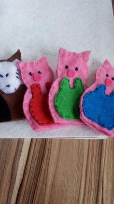 Üç küçük domuzcuk parmak kuklasii :)