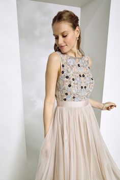 Detailed bridesmaids dress that will make your bridesmaids look picture perfect
