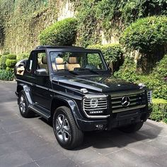 drivingbenzes: Mercedes-Benz G-Class Cabrio Final Edition If you like it share it. Mercedes G500, Mercedes G Wagon, Mercedes Benz G Class, Mercedes Black, G Class Amg, 4x4, Daimler Ag, Maybach, Car Car