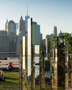 Jeppe Hein, High polished stainless steel, aluminium, Dimensions: 270  880  860 cm, Exhibited at Brooklyn Bridge Park, New York, USA, 2015 to 2016