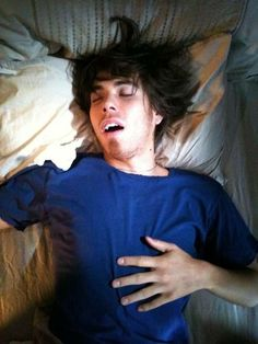 wouldn't mind waking up next to that. Apolo Ohno, Anton, Athletes, Eye Candy, Long Hair Styles, Guys, Fictional Characters, Beautiful, Long Hairstyle